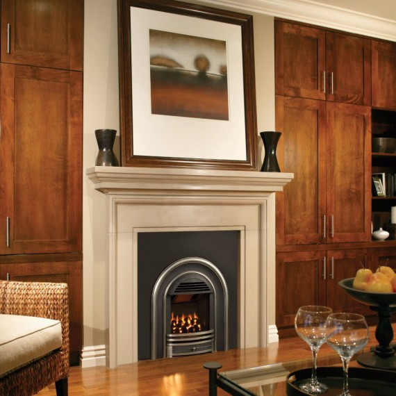 Classic Arch Room Setting